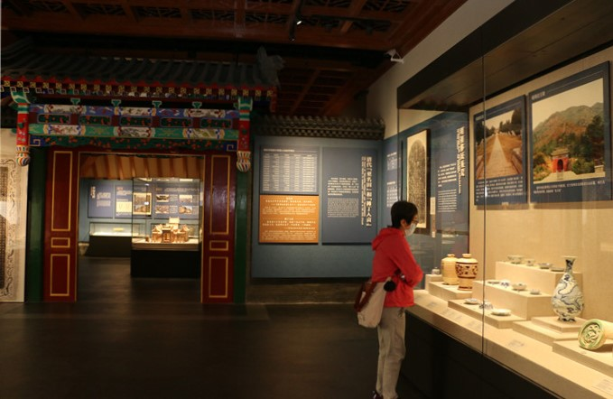 """Henan Museum exhibition - """"Henan in Ming and Qing Dynasties"""""""