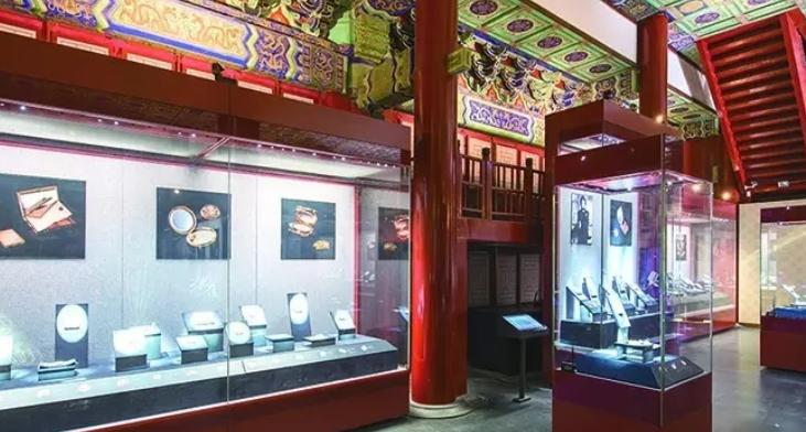 天禹文化集团再次承接两依藏珍宝展